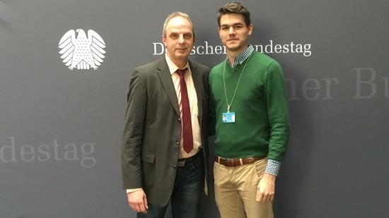 Tobias Vollmer Praktikant im Bundestagsbüro