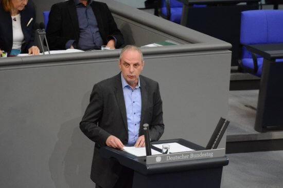 Rede zur Erleichterung der Einbürgerung im Bundestag