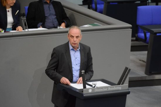 Detlef Müller spricht über die Sicherheitspolitik