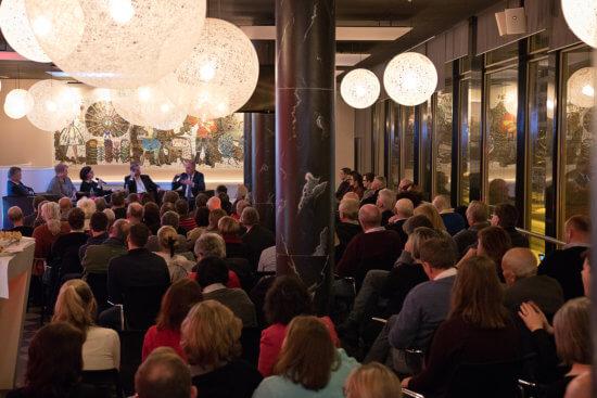 Wiederanährung an Russland? 120 Gäste lauschen Mathias Platzeck im Cafe Moskau